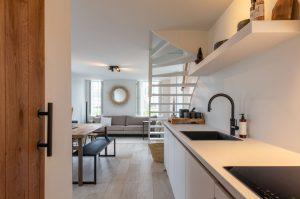 Villapparte-Zeeuws Duinhuis-luxe vakantiehuis voor 5 personen-Breskens-Zeeuws Vlaanderen-luxe en sfeervolle keuken