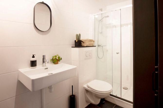 Villapparte-B&B Pakhuis Maassluis-2 luxe appartementen voor 2 tot 4 personen-aan de haven in Maassluis-luxe badkamer