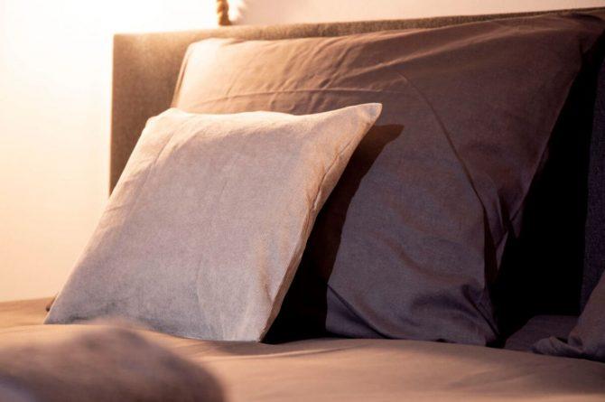 Villapparte-B&B Pakhuis Maassluis-2 luxe appartementen voor 2 tot 4 personen-aan de haven in Maassluis-sfeer slaapkamer