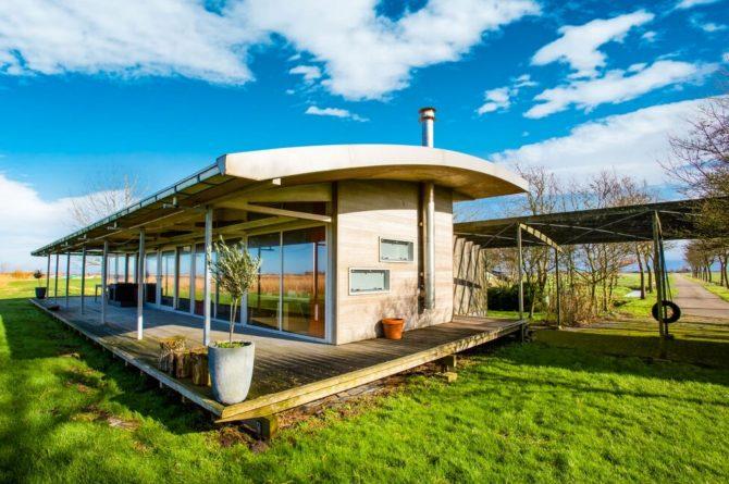 Villapparte-Belvilla-Vakantiehuis Gaastmeer-luxe watervilla voor 6 personen met sauna-Friesland