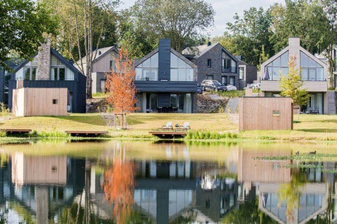 Villapparte-Dormio Resort Maastricht-Hertogenvilla Wellness Waterkant-luxe vakantiehuis voor 6 personen-met jacuzzi en sauna-Maastricht-aan het water