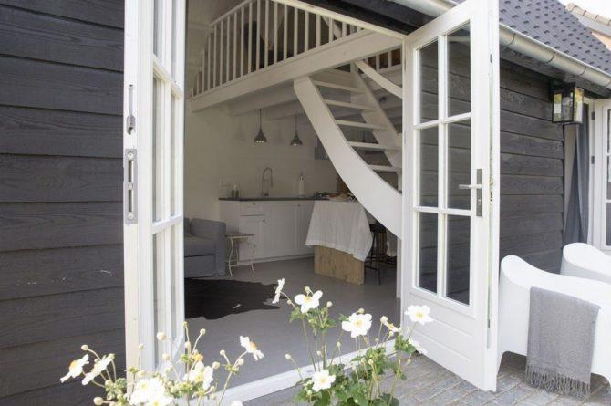 Villapparte-Natuurhuisje-Vakantiehuis Hof van Strijbeek-voor 4 personen-landelijk gelegen in Noord-Brabant-openslaande tuindeuren