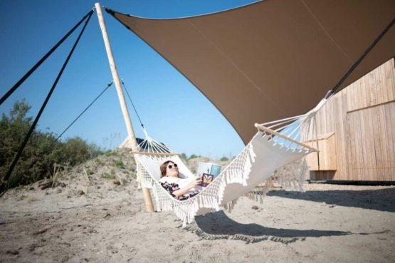 Villapparte-Roompot-Qurios Grevelingenstrand-Eco Lodge Grevelingenstrand-4 personen-zuid-holland-hangmat