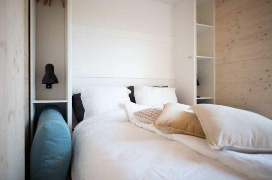 Villapparte-Roompot-Qurios Grevelingenstrand-Eco Lodge Grevelingenstrand-4 personen-zuid-holland-slaapkamer