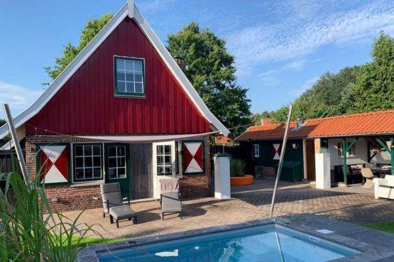 Villapparte-Vakantiehuis Madelief-Onthaasten in de Achterhoek-luxe vakantiehuis-6 personen-met zwembad
