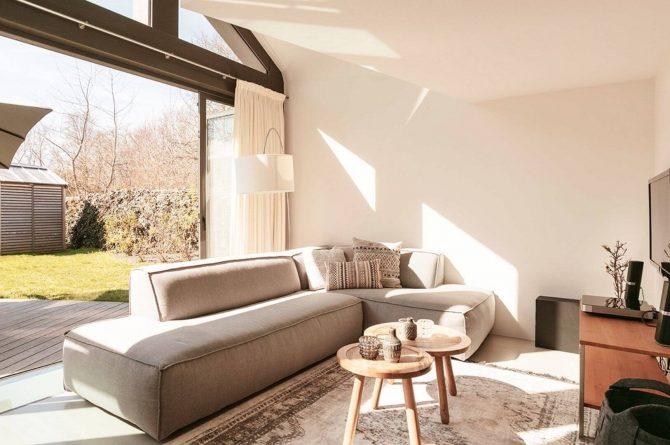 Villapparte-Villa Duynzoom 3-Park Duynzoom-luxe villa voor 8 personen met finse sauna-zithoek met glazen schuifpui