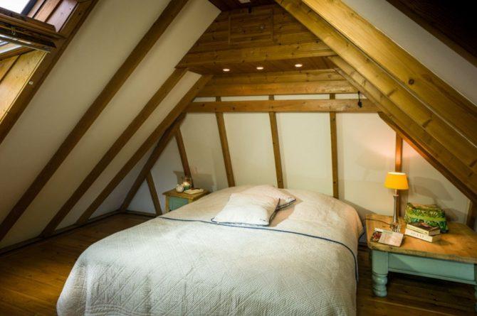 Villapparte-B&B-Vakantiehuis de Vrijstaten-Overrijsel-luxe vakantiehuis De Rietvogel-5 personen-romantische slaapkamer