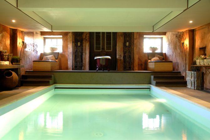 Villapparte-Belvilla-Vakantiehuis La Grande Maison Douce-luxe vakantiehuis voor 16 personen-Alphen-Noord Brabant-binnen zwembad