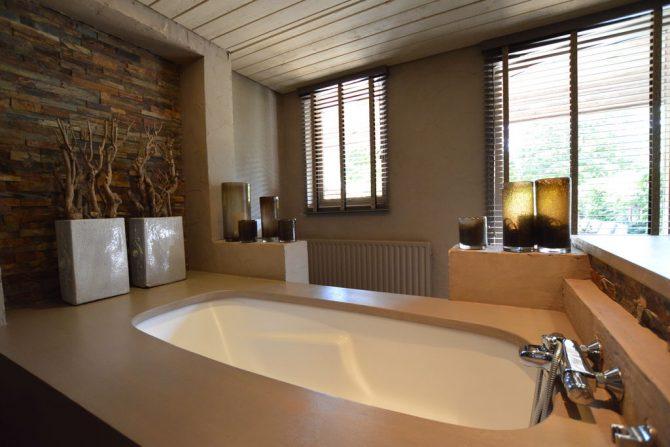 Villapparte-Belvilla-Vakantiehuis La Grande Maison Douce-luxe vakantiehuis voor 16 personen-Alphen-Noord Brabant-luxe badkamer