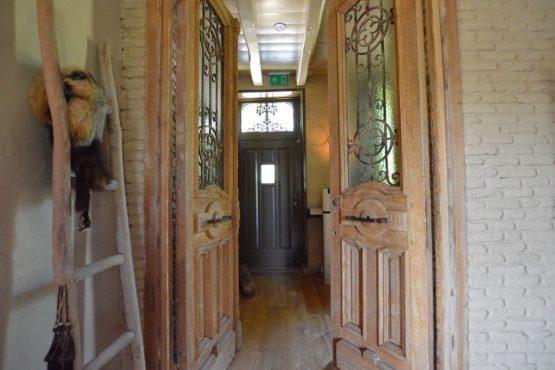 Villapparte-Belvilla-Vakantiehuis La Grande Maison Douce-luxe vakantiehuis voor 16 personen-Alphen-Noord Brabant-prachtige entree