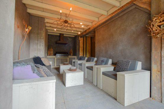 Villapparte-Belvilla-Vakantiehuis La Maison Douce-luxe vakantiehuis voor 10 personen-Alphen-Noord Brabant-lounge hoek