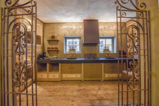 Villapparte-Belvilla-Vakantiehuis La Maison Douce-luxe vakantiehuis voor 10 personen-Alphen-Noord Brabant-luxe keuken