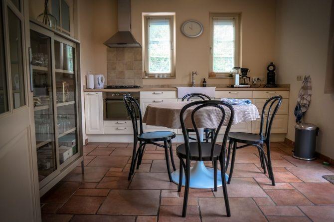 Villapparte-Natuurhuisje 54333-Vakantiehuis De Zeekraal-6 personen-Hulst-Zeeuws Vlaanderen-woonkeuken