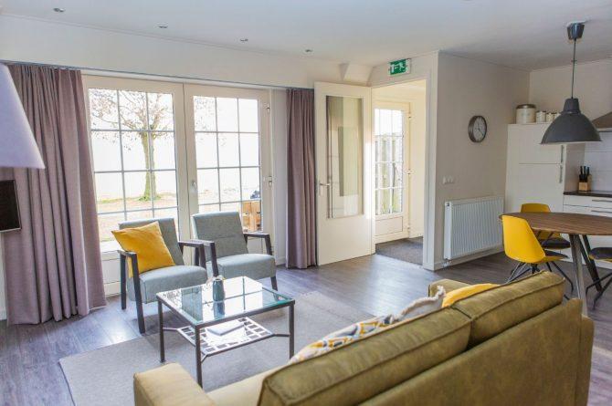 Villapparte-Natuurhuisje 56963-De Groene Parel-Gaasterland-modern vakantiehuis voor 4 personen-Friesland-moderne zithoek