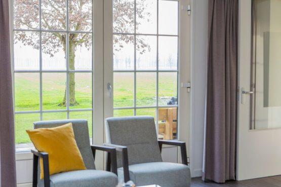 Villapparte-Natuurhuisje 56963-De Groene Parel-Gaasterland-modern vakantiehuis voor 4 personen-Friesland-openslaande tuindeuren met uitzicht