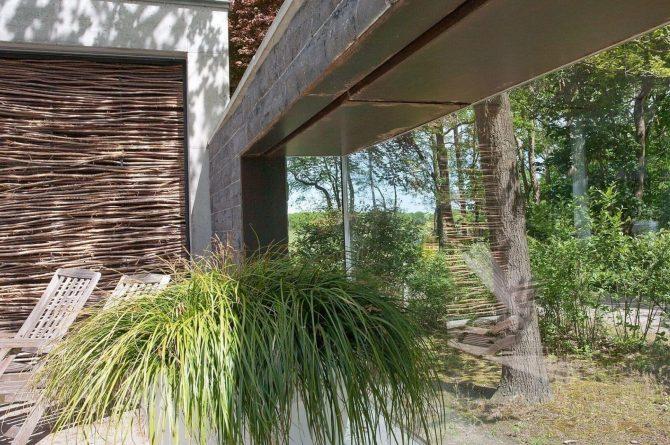 Villapparte-Special Villas-Vakantiehuis Betonnen Boshuis-luxe vakantiehuis voor 4 personen-Oosterhout-Noord-Brabant-gezelligheid buiten