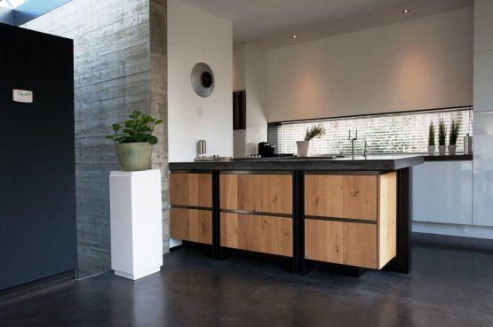 Villapparte-Special Villas-Vakantiehuis Betonnen Boshuis-luxe vakantiehuis voor 4 personen-Oosterhout-Noord-Brabant-luxe keuken