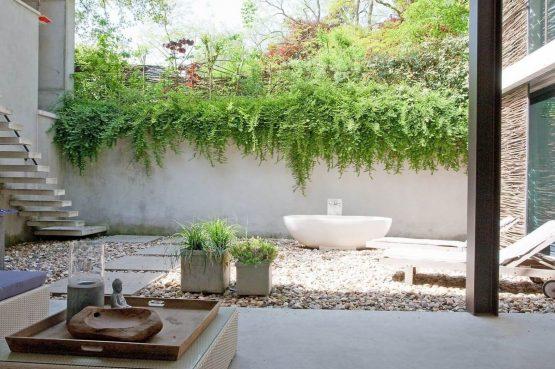 Villapparte-Special Villas-Vakantiehuis Betonnen Boshuis-luxe vakantiehuis voor 4 personen-Oosterhout-Noord-Brabant-prachtig terras