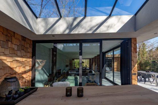 Villapparte-Special Villas-Vakantiehuis Houten Boshuis-luxe vakantiehuis voor 4 personen-Oosterhout-Noord-Brabant-met hottub-buiten terras