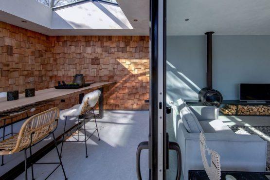 Villapparte-Special Villas-Vakantiehuis Houten Boshuis-luxe vakantiehuis voor 4 personen-Oosterhout-Noord-Brabant-met hottub-overdekt terras