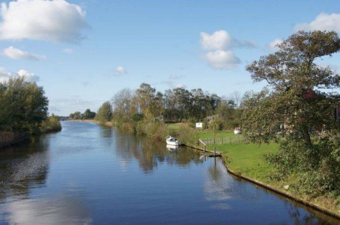 Villapparte-Tiny House Ljeppershiem-duurzaam en knus vakantiehuis voor 2 personen-Friesland-plek voor je boot