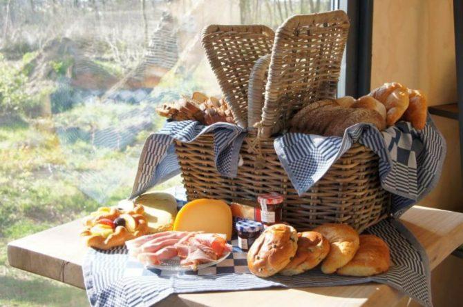 Villapparte-Tiny House Ljeppershiem-duurzaam en knus vakantiehuis voor 2 personen-Friesland-uitgebreid ontbijt