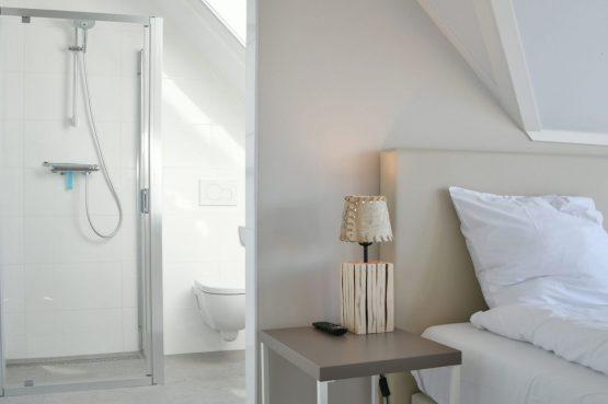 Villapparte-Waterrijk Oesterdam-Villa Oesterdam Deluxe 8-Luxe vakantiehuis voor 8 personen-Zeeland-luxe slaapkamer