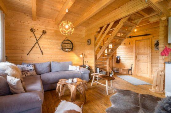 Villapparte-Belvilla-Vakantiehuis Faakersee-Finkenstein-luxe vakantiehuis voor 6 personen-Karinthië-Oostenrijk-knusse zithoek