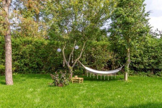 Villapparte-Belvilla-Vakantiehuis Gentiaan aan Zee-luxe vakantiehuis voor 6 personen-Julianadorp-Noord-Holland-hangmat