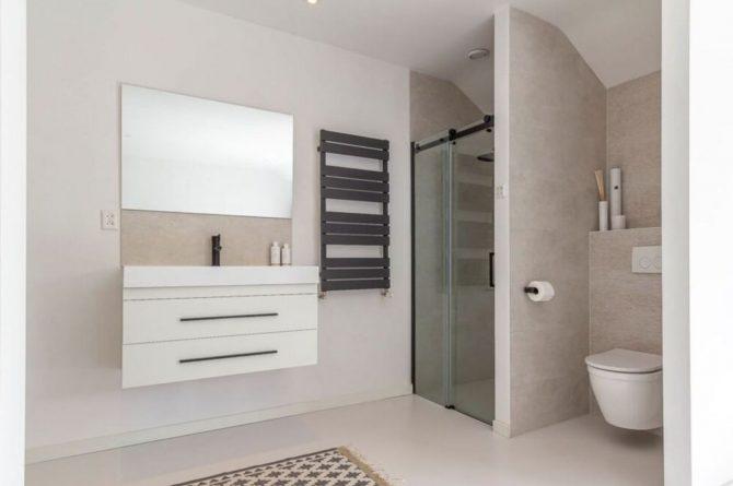 Villapparte-Belvilla-Vakantiehuis Gentiaan aan Zee-luxe vakantiehuis voor 6 personen-Julianadorp-Noord-Holland-luxe badkamer