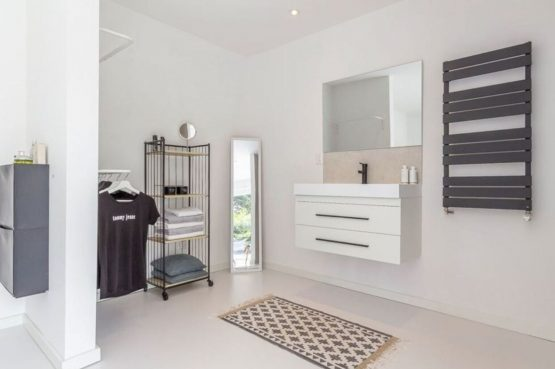 Villapparte-Belvilla-Vakantiehuis Gentiaan aan Zee-luxe vakantiehuis voor 6 personen-Julianadorp-Noord-Holland-moderne badkamer