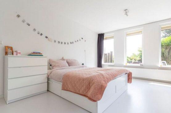 Villapparte-Belvilla-Vakantiehuis Gentiaan aan Zee-luxe vakantiehuis voor 6 personen-Julianadorp-Noord-Holland-romantische slaapkamer