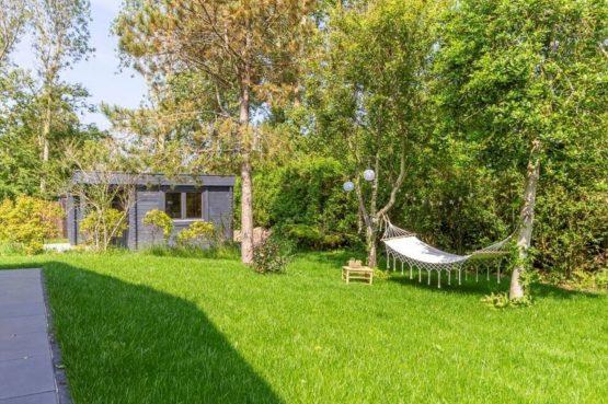 Villapparte-Belvilla-Vakantiehuis Gentiaan aan Zee-luxe vakantiehuis voor 6 personen-Julianadorp-Noord-Holland-sfeervolle tuin