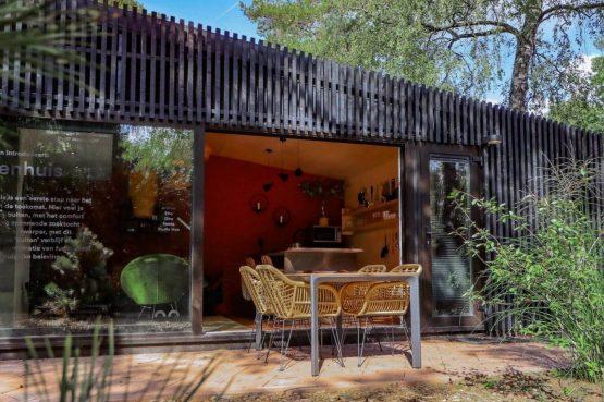 Villapparte-Droomparken-Buitenhuis De Zanding-knus vakantiehuis voor 4 personen-Otterlo-Veluwe-gezellige tuinset
