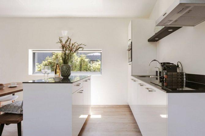 Villapparte-Dutchen-Suitelodge Sauna & Jacuzzi-luxe vakantiehuis voor 4 personen-Gooilanden-luxe keuken