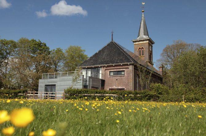 Villapparte-Special Villas-Vakantiehuis Grutte Tsjerke-luxe vakantiehuis in een verbouwde kerk-voor 10 personen-Friesland