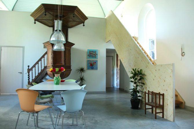 Villapparte-Special Villas-Vakantiehuis Grutte Tsjerke-luxe vakantiehuis in een verbouwde kerk-voor 10 personen-Friesland-midden in de kerk
