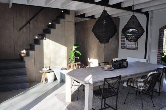 Villapparte-Special Villa's-Vakantiehuis Lindenhof Loënga-luxe vakantiehuis voor 2 personen-Sneek-Friesland-gezellige eethoek