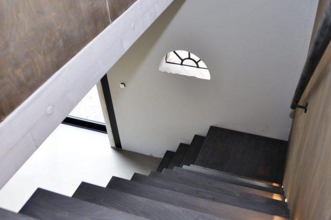 Villapparte-Special Villa's-Vakantiehuis Lindenhof Loënga-luxe vakantiehuis voor 2 personen-Sneek-Friesland-stoere trap