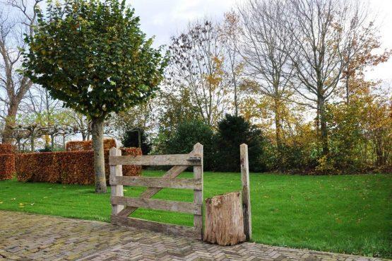 Villapparte-Special Villa's-Vakantiehuis Lindenhof Loënga-luxe vakantiehuis voor 2 personen-Sneek-Friesland-tuin