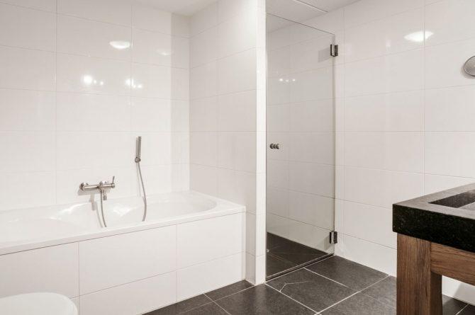 Villapparte-Villa Weideduyn 10-luxe vakantiehuis voor 6 personen met sauna en jacuzzi-Schoorl-Noord-Holland-luxe badkamer