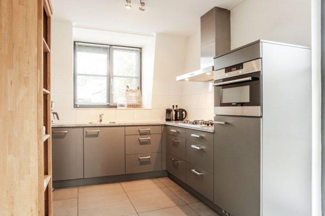 Villapparte-Villa Weideduyn 10-luxe vakantiehuis voor 6 personen met sauna en jacuzzi-Schoorl-Noord-Holland-luxe keuken