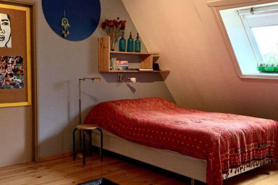 Villapparte-Belvilla-Boerderij Paulina Hoeve-knus vakantiehuis voor 4 personen-Alkmaar-Noord-Holland-romantische slaapkamer
