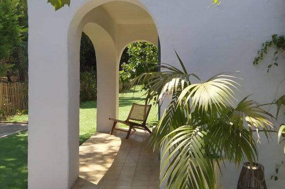 Villapparte-Domaine L'Oiseau Bleu-luxe vakantiehuis voor 12 personen-Cote d'Azur-Sainte Maxime-hoekje tuin