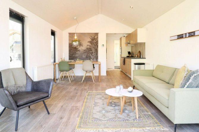 Villapparte-Droomparken-Forest Lodge Maasduinen-luxe lodge voor 4 personen-Noord-Limburg-romantische woonkamer