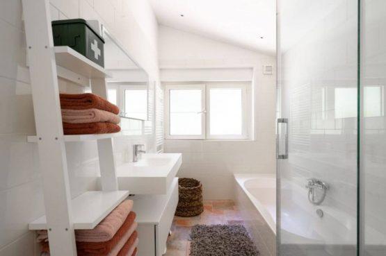 Villapparte-Natuurhuisje 35841-Vakantiehuis Midden in het Bos-romantisch vakantiehuis voor 6 personen-Lage Vuursche-Utrecht-luxe badkamer