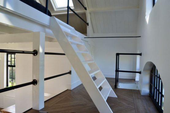 Villapparte-Natuurhuisje 51319-Vakantiehuis Het Kleine Kerkje-romantisch vakantiehuis voor 2 personen-Friesland-bijzondere elementen
