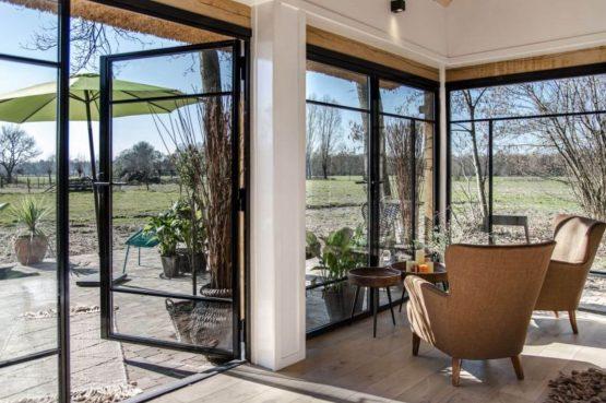 Villapparte-Natuurhuisje-Vakantiehuis Terschuur-romantisch vakantiehuis voor 3 personen-Terschuur-Gelderland-openslaande tuindeuren