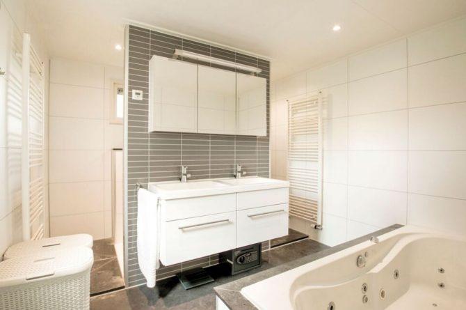 Villapparte-Belvilla-Vakantiehuis Duinvilla-luxe vakantiehuis voor 6 personen-met zwembad-Kaatsheuvel-Noord-Brabant-luxe badkamer