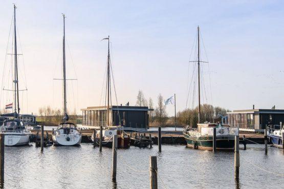 Villapparte-Belvilla-Watervilla de Veenhoop-prachtig vakantiehuis voor 10 personen-Friesland-omgeving
